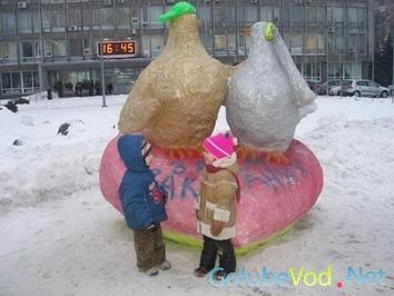 Снежные голуби на Украине.