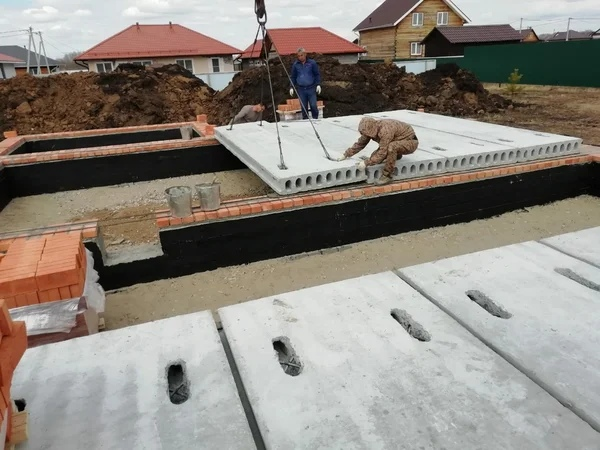 Применение плит перекрытия в строительстве
