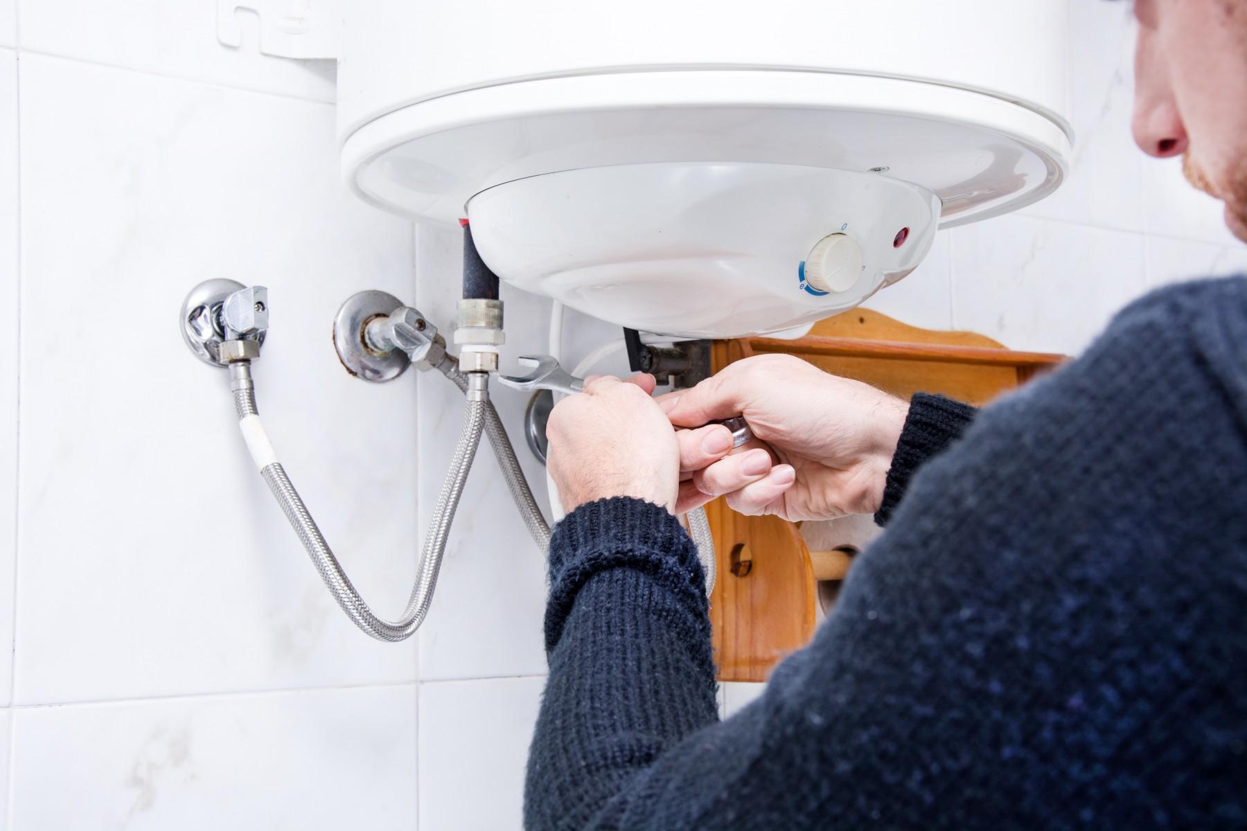 Что делать если сломался водонагреватель?