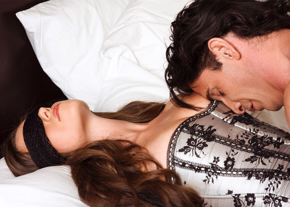 Эротическое белье – лучший способ вернуть страсть в Ваши отношения