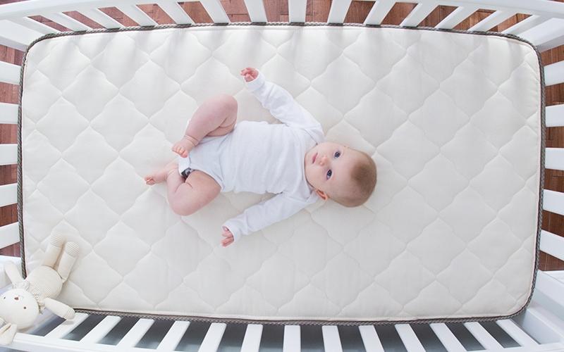Каким должен быть матрас для новорожденного